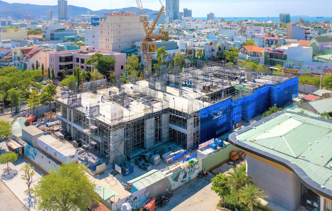 tiến độ căn hộ grand center quy nhơn tháng 8 tt